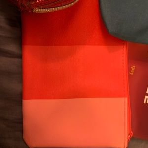 ipsy Bags - 5 cosmetic bags (Ipsy, VS) all for 1 price